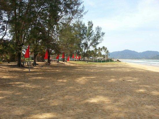 The Qamar Paka, Terengganu: Hotel beachfront