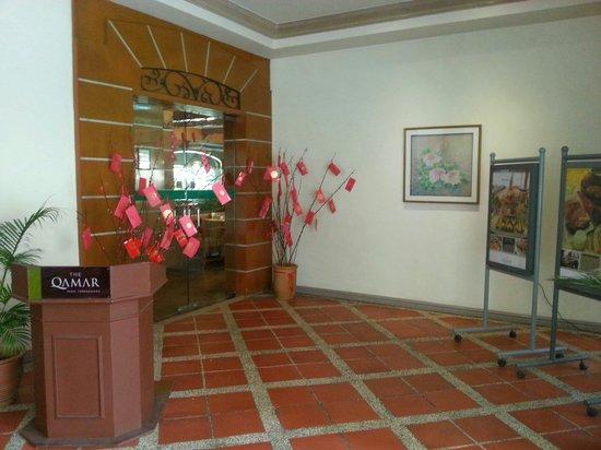 The Qamar Paka, Terengganu: Entrance to hotel's cafe