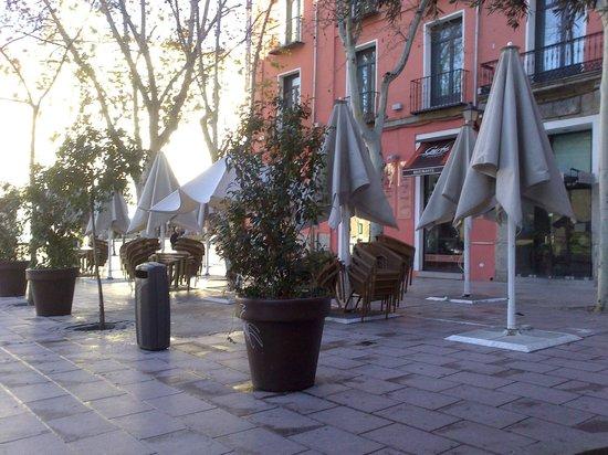 Plaza del Carmen: Cafetería con terracita.