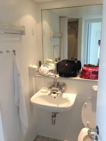 Kolding Hotel Apartments: Badeværelse