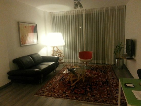 The Diaghilev, LIVE ART Boutique Hotel : The living room - Diaghilev