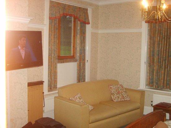 Dunsley Hall: bedroom
