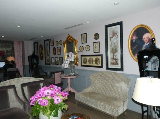 La Maison Favart : Reception