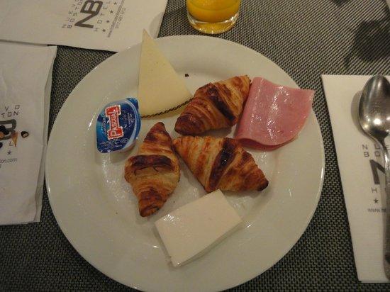 Hotel Nuevo Boston: Café tem muitos tipos de queijo