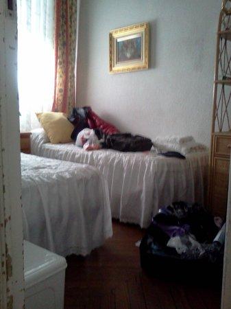 Luz Madrid Rooms : комнатка 2,0x2,5