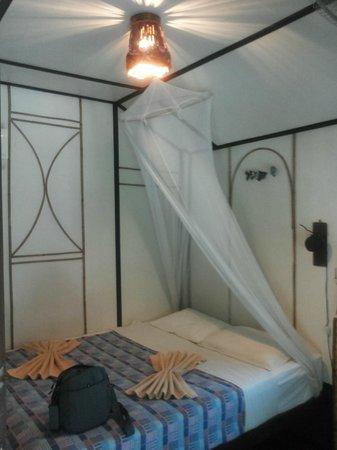 Longtail Beach Resort: Room