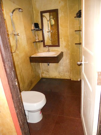 Baan Eve: salle de bains