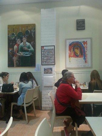Birenbaum Cafe