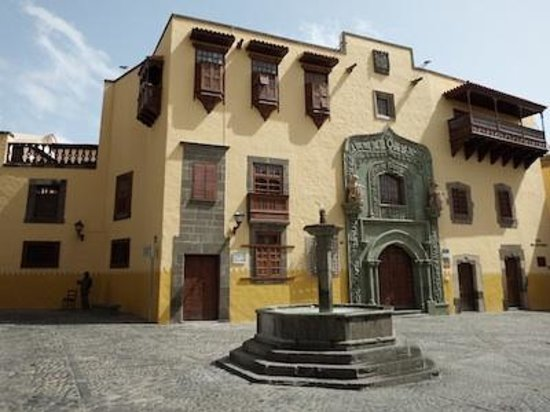 Low Cost Tours Gran Canaria: Museo - Casa Colon