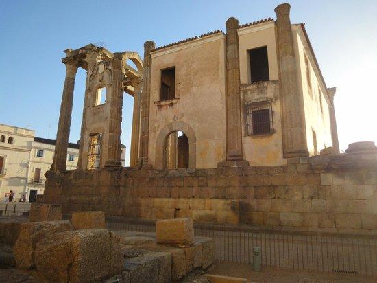 Templo de Diana: lateral