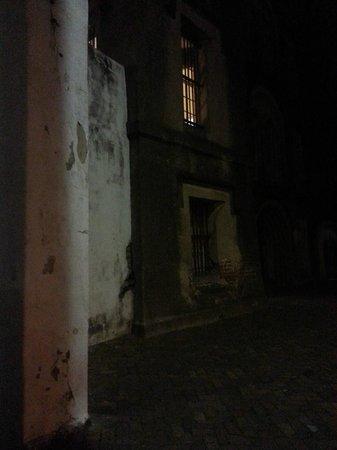 Bulldog Tours : The Old City Jail