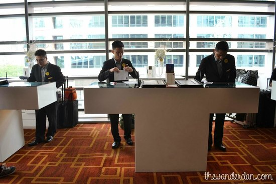 Traders Hotel, Kuala Lumpur : Reception