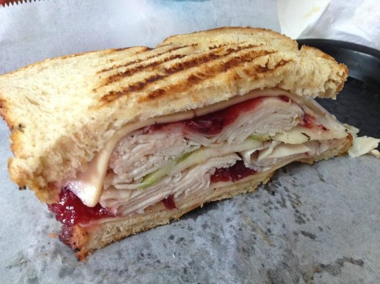 Chops Deli : Plymouth sandwich