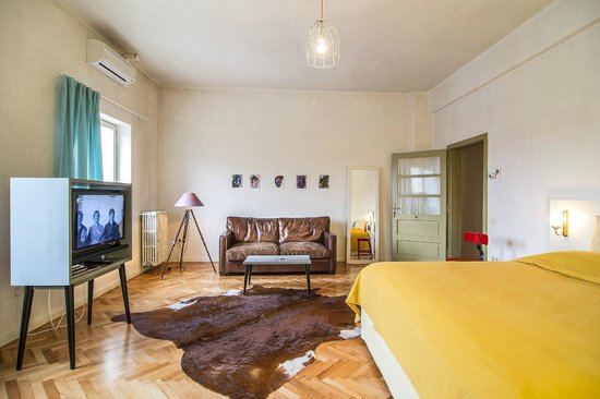 Retro Apartment Bedroom Picture Of Cluj Apartments
