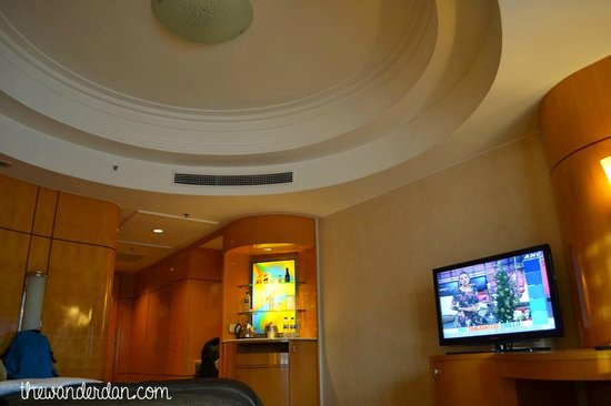 Makati Shangri-La Manila: Room