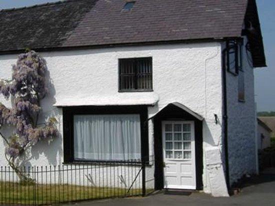 Selattyn, UK: The Cross Keys Cottage, English Tourist Board 3 star self catering accomodation.