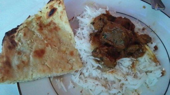Lamb Do Piaza with Garlic Kulcha at Royal Taj (with no tomatoes)