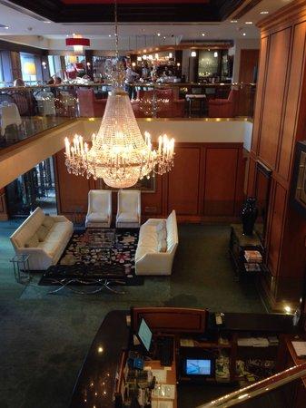 Hotel Le Cantlie Suites: Loby et Resto