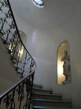 Hotel Arenula: Bela escadaria