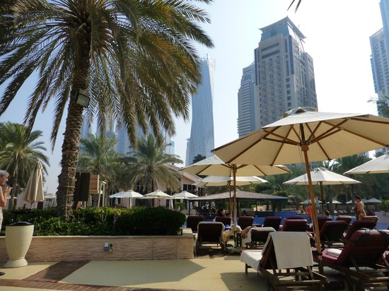 Habtoor Grand Resort, Autograph Collection, A Marriott Luxury & Lifestyle Hotel: Pool