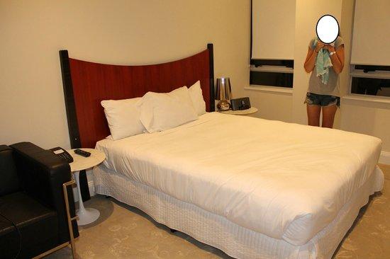AEA Bridgeport: bed