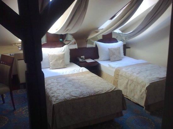 Grand Hotel Zvon: Room 704