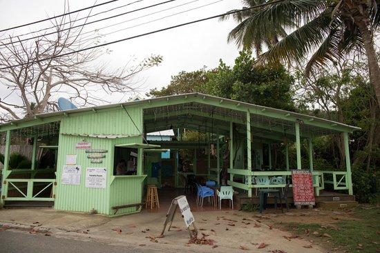 The Breakfast Club at Ola Lola's : The colourful Ola Lola's