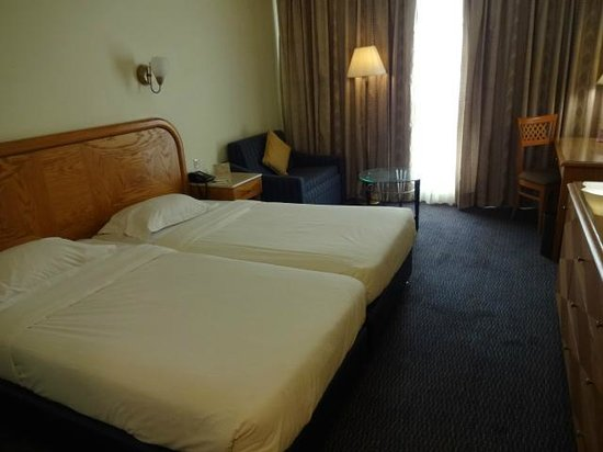 Grand Court Hotel: 部屋