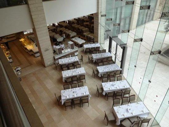 Grand Court Hotel: レストラン