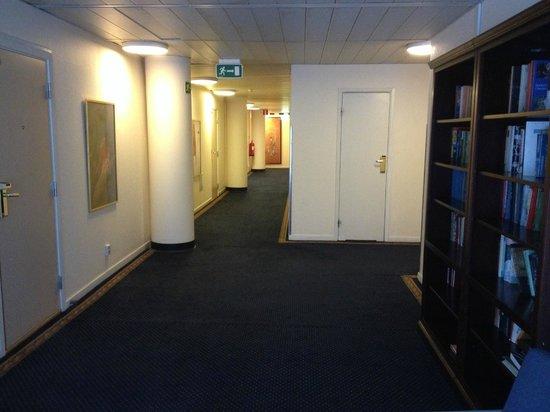 Hotel Tegnerlunden: Corridor