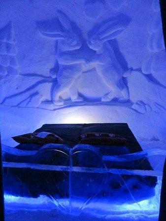 Rabbits picture of kirkenes snowhotel kirkenes for Kirkenes snow hotel gamme cabins