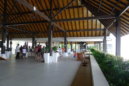 Turi Beach Resort: reception area