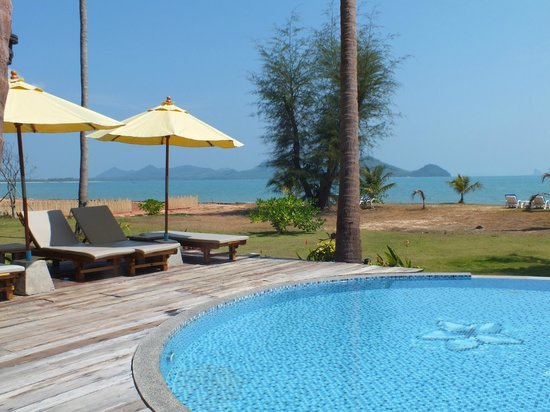 Betterview Bed Breakfast & Bungalow: Vue depuis la piscine