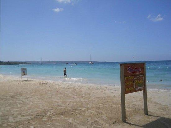 The Boardwalk Village Hotel: Caribbean Sea View