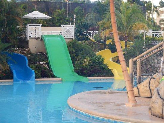 Beaches Ocho Rios Resort & Golf Club : Beach shot