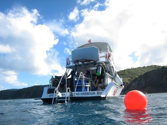 Sail Caribbean Divers: One of the diveboats