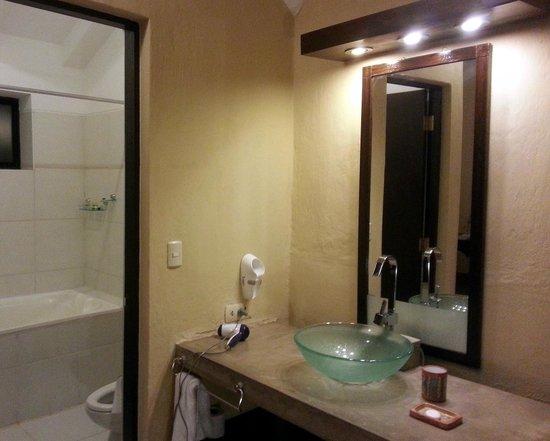 Inkallpa Valle Sagrado: Beautiful Sink