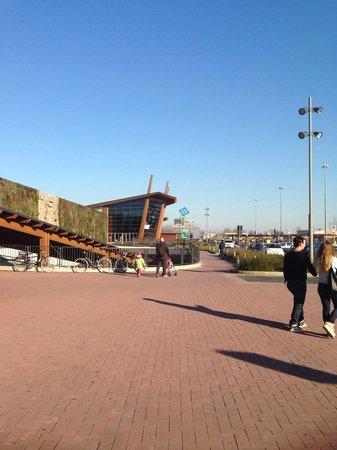 Centro Commerciale Fiordaliso: Mall entrance
