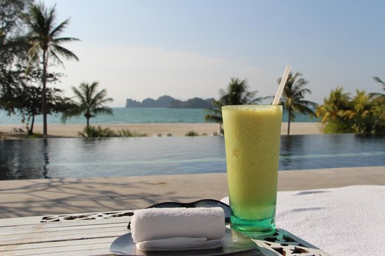 Four Seasons Resort Langkawi, Malaysia: beautifully designed adult pool