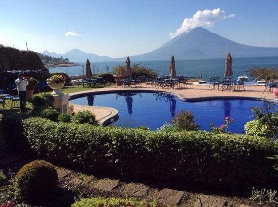Hotel Atitlan: Vista del lago desde el restaurante, es el paraiso , muy lindo