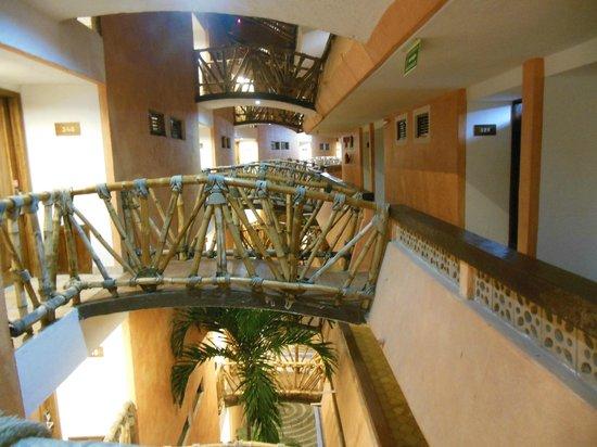 Las Palmas by the Sea: Bridges between rooms
