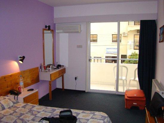 San Remo Hotel: в номере
