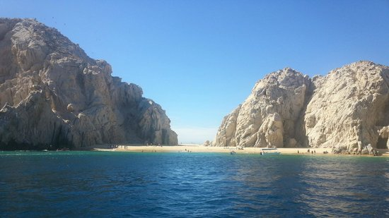 Hyatt Ziva Los Cabos : Picture from sailing to Lover's Beach - booked through hotel