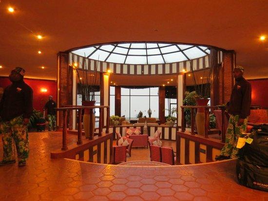 Ngorongoro Sopa Lodge: Lounge