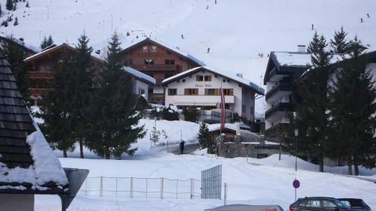 Blick vom Schischulsammelplatz zum Haus Odo
