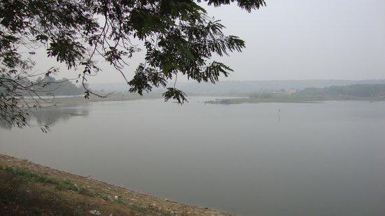 Damdama Lake : lake view