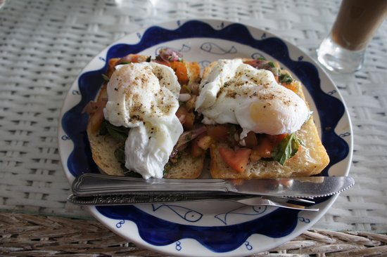 Epic Arts Cafe: Poached egg bruschetta with Kampot pepper - delicious!