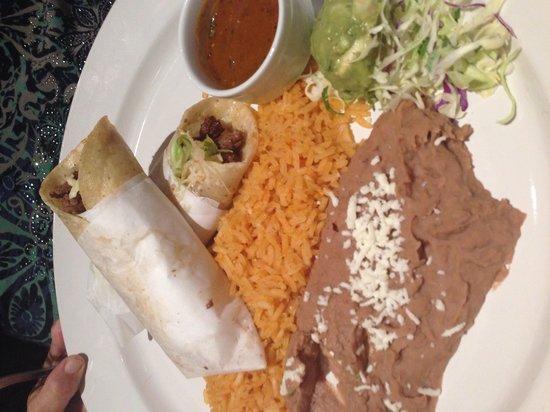 Luna Modern Mexican Kitchen: Taco platter