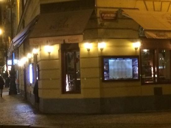 Kozlovna Apropos: opposite charles bridge