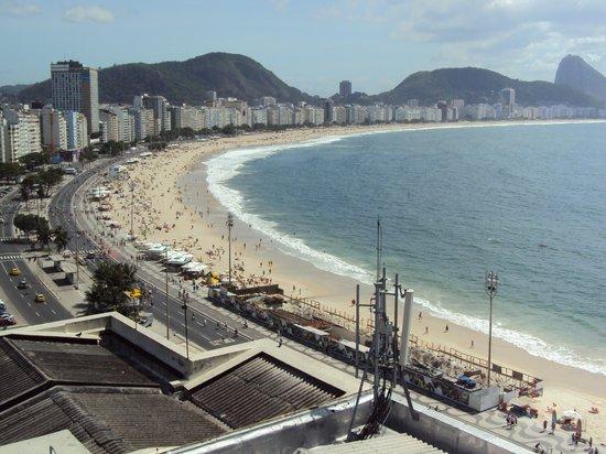 Orla Copacabana Hotel: Vista do Terraço do hotel